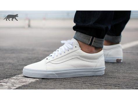 cfa2bac1f7 Vans Old Skool  Premium Leather  (True White)