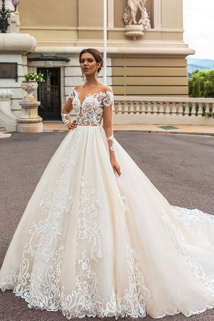 Long Sleeves Wedding Dresses Tulle With Applique Court Train