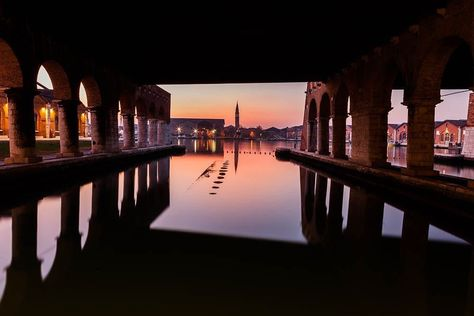 visitveneto Magic light in a magic city...