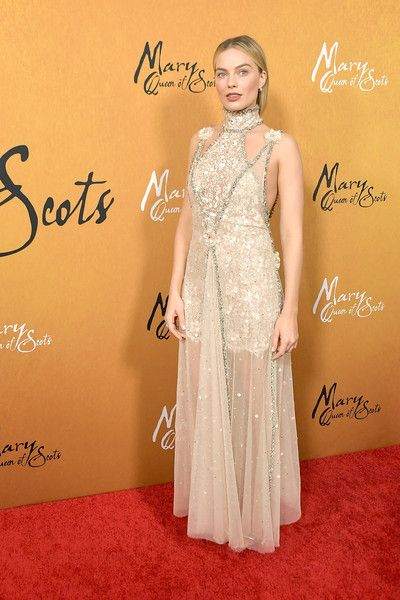 Actress Margot Robbie attends the New York premiere of 'Mary Queen Of Scots' at Paris Theater.