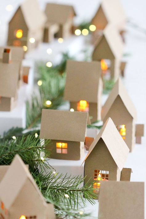 Christmas Advent Paper Houses ( Silhouette Cameo Giveaway Christmas Advent Paper Houses free tutorial and cutting files // Delia Creates The post Christmas Advent Paper Houses ( Silhouette Cameo Giveaway appeared first on Paper Diy. Christmas Paper Crafts, Noel Christmas, All Things Christmas, Winter Christmas, Christmas Ornaments, Christmas Ideas, Paper Christmas Decorations, Diy Christmas Advent Calendar, Chritmas Diy