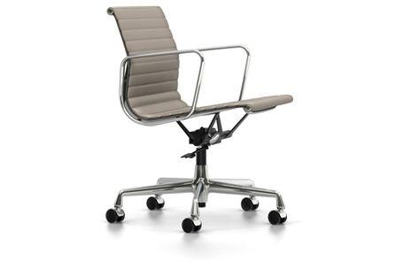 Vitra Eames Bureaustoel Ea117.Aluminium Chair Ea 117 Eames Designklassiker Und Moderne
