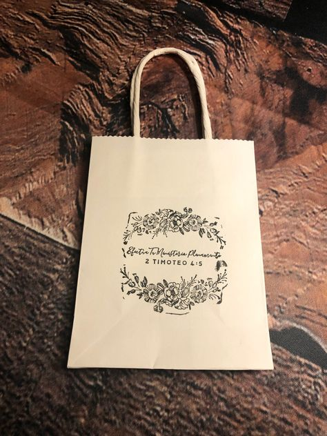 Excited to share the latest addition to my #etsy shop: JW Pioneer Gift Bags/ Gift Bags/Pioneer Scripture Bags/ English or Spanish #pioneergifts #favorbags #bags #jwpioneergiftbags #giftbags #jwlove #jw