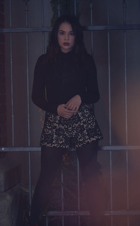 Beautiful, Janel Parrish, Pretty Little Liar, 950x1534 wallpaper