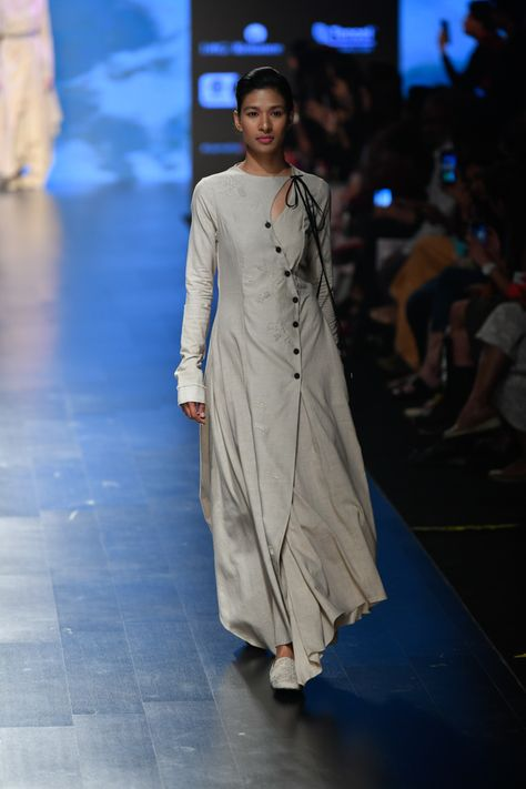 Complete collection: Integument at Lakmé Fashion Week summer/resort 2019