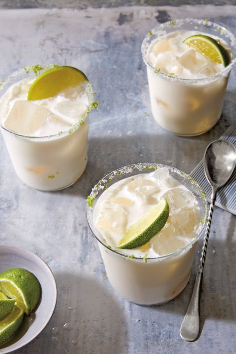 Coconut Cream and Lime Margarita Ingredients Kosher salt, grated lime zest and sugar for rimming glass 2 lime wedges 2 oz. ml) coconut cream or cream of coconut 1 oz ml) blanco tequila 1 oz. ml) fresh lime juice oz. ml) simple syrup Margarita Ingredients, Margarita Recipes, Drink Recipes, Lime Cocktail Recipes, Fireball Recipes, Cocktail Ideas, Drinks Alcohol Recipes, Dinner Recipes, Gastronomia