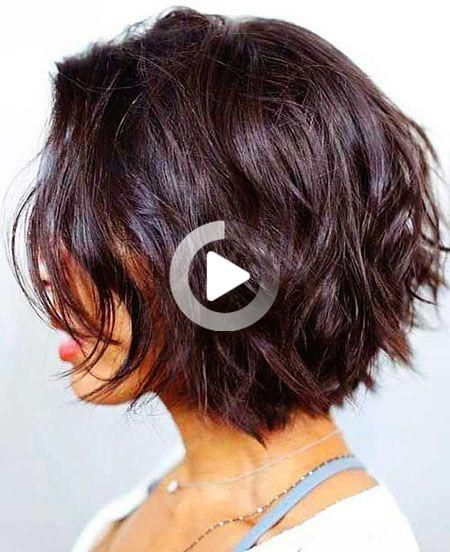 De Beste 25 Gelaagde Bob Kapsels Die Besten 25 Geschichteten Bob Frisuren Gelaagde Bob Ka In 2020 Popular Short Hairstyles Short Summer Hair Short Hair Styles Easy