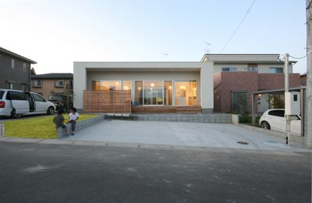 鎌倉の家 旗竿敷地に建つ中庭のある家 注文住宅事例 Suvaco スバコ