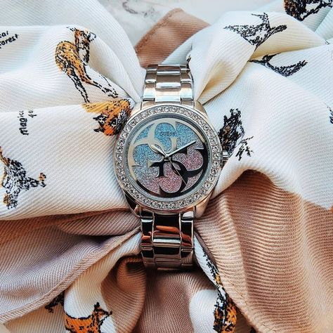 How one tiny mineral works to be so accurate Ever questions how the quartz watch got its name? It is in fact powered by the quartz crystal, a mineral most carefully looking like the composition of …
