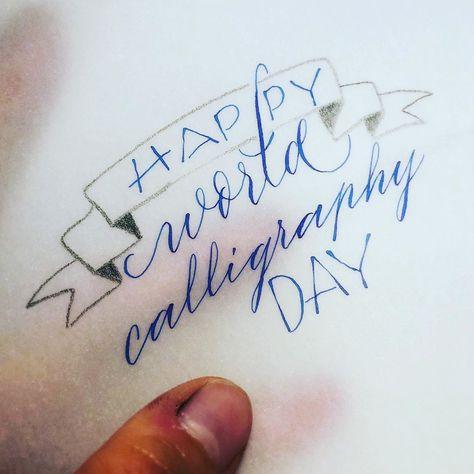 Einen wunderschönen Welt-Kalligraphie-Tag von mir und meinen Tintenfingern!! 🤩 • • • #calligraphy #kalligraphie #50words #typostrate #typographyinspired #typespire #thecalligraphyhub #art #thesatisfyingarts #inspiration #kalligrafie #worldcalligraphyday #bifinds #thedailytype #calligritype #typeyeah #letteringleague #typetopia #supplyanddesign #satisfy