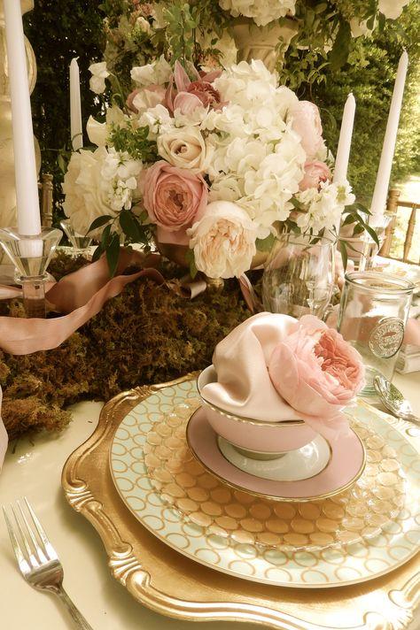 #FloraFetish #blushpinkgardenwedding #atxwedding #bridesmaidluncheon