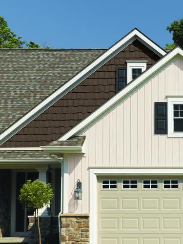 Single 8 X 12 6 Colonial White Board Batten Vinyl Siding Exterior Siding Colors Exterior House Siding Exterior Siding