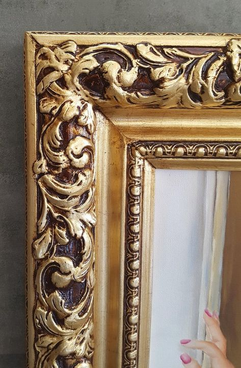 Colonial Style Frame Gold Leaf Canvas Frame Photo Frame Oil Paiting Frame Custom Made Wood Gesso Frame Wood Picture Frame Gold Frame Shabby Chic Background Shabby Chic Painting Shabby Chic Wardrobe