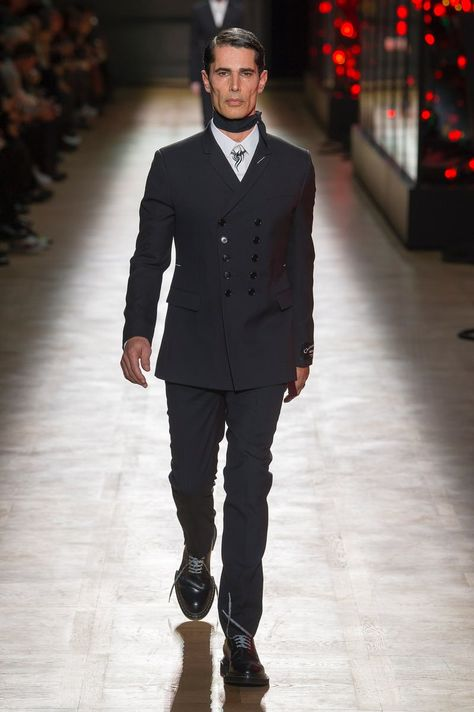 Dior Homme | Menswear - Autumn 2018 | Look 1