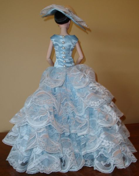 sold Satin outfit. Petticoat with 4 layers of tulle. Under dress ...