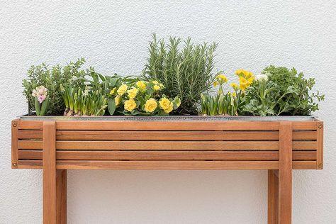 bepflanztes Hochbeet von DEPOT