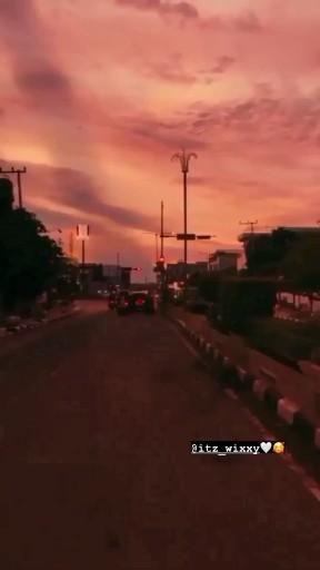 Pin By Prachimistry On Video In 2020 Cute Love Songs Hindi Love Song Lyrics Romantic Songs Video