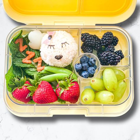 Weekends are for sleeping in😴 haha, jk so I'll just live vicariously thru this cute snoozing onigiri 💤 : : : Exposure food: still working on snap peas : : : : : #lunchboxideas #bentobox #kidslunchideas #schoollunchheroes #yumboxlunch #schoollunches #kidslunchbox #healthykidsfood #healthyfood #healthykids #schoollunchboxideas #schoollunchideas #schoollunchbox #schoollunch #healthylunchbox #glutenfree #packedlunch #lunchboxinspiration #healthyfoodforkids #お弁当 #preschoollunch #healthyschoollunch