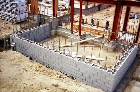How To Build A Concrete Block Wall With Your Own Hands Concrete Block Walls Concrete Blocks Cinder Block House