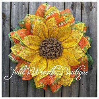 Dollar Tree Frame Sunflower Tutorial - Julie's Wreath Boutique Tutorials - Burlap Easy Burlap Wreath, Sunflower Burlap Wreaths, Burlap Wreath Tutorial, Burlap Flowers, Wreath Crafts, Diy Wreath, Sunflower Tree, Sunflower Crafts, Autumn Wreath Diy