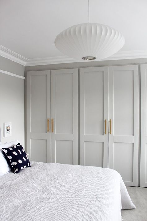 Reluctant, we get enough of these 7 Gorg closet door ideas for bedrooms Hunker 13 Some of the coolest ways to redesign modern closet doors for Some of the coolest ways to redesign Bedroom Wardrobe, Bedroom Doors, Bedroom Furniture, Bedroom Closet Doors Sliding, Wardrobe Closet, Wall Of Closets, Wardrobes For Bedrooms, Built In Wardrobe Doors, Modern Closet Doors