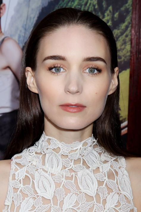 Celebrity Makeup and Hair Looks: Red Lips, Long Bobs and More - The Skincare Edit