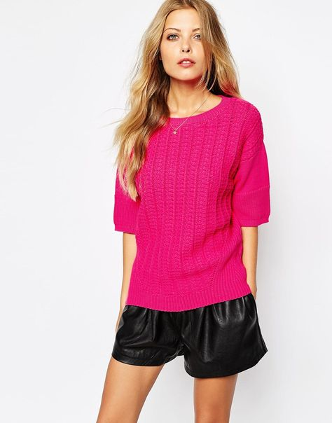 Jumper by Boss Orange Ribbed, knit fabric Boat neckline Drop shoulders Cropped sleeves Ribbed trims Oversized fit - falls generously over the body Machine wash 67% Cotton, 33% Polyamide Our model wears a UK S/EU S/US XS