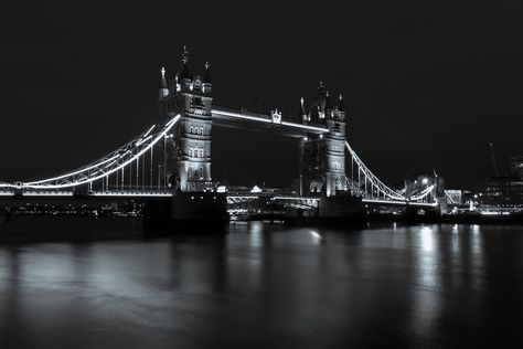 like4like Tower Bridge London, uk....