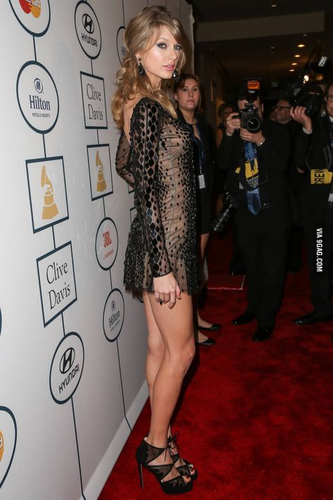 Taylor Swift she is a singer, songwriter and actress : who made her debut in the music industry in 2006