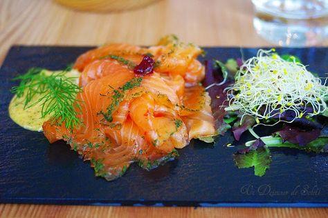 Un dejeuner de soleil: Gravlax, saumon mariné à l'aneth