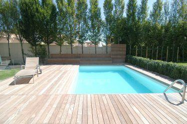Bild Zu Schwimmbad Mit Liegeflache Aus Ipe Holz Schwimmbader Holzterrasse Holz