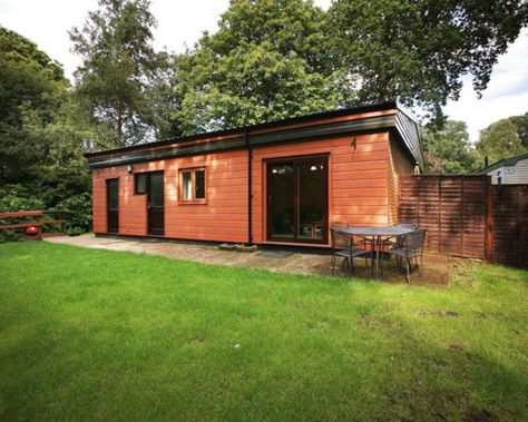 Holiday Cottages - Woodland Holiday Park - Caravan Holiday Parks - Norfolk Holidays