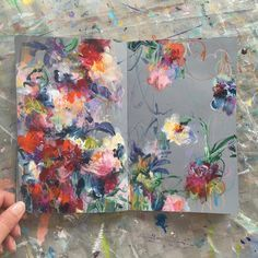 today's sketchbook . . . #painting #sketchbook #abstractflowers #dsfloral #dscolor #carveouttimeforart #bohostyle #wildspirit…