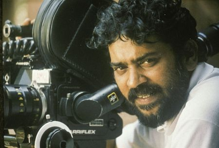 Uyire Tamil Movie Images Uyire Movie Images South Indian Film Cinematographer Film
