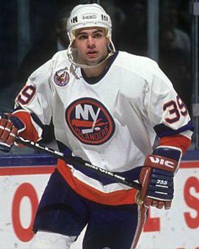 Travis Green New York Islanders Hockey Players Ice Hockey