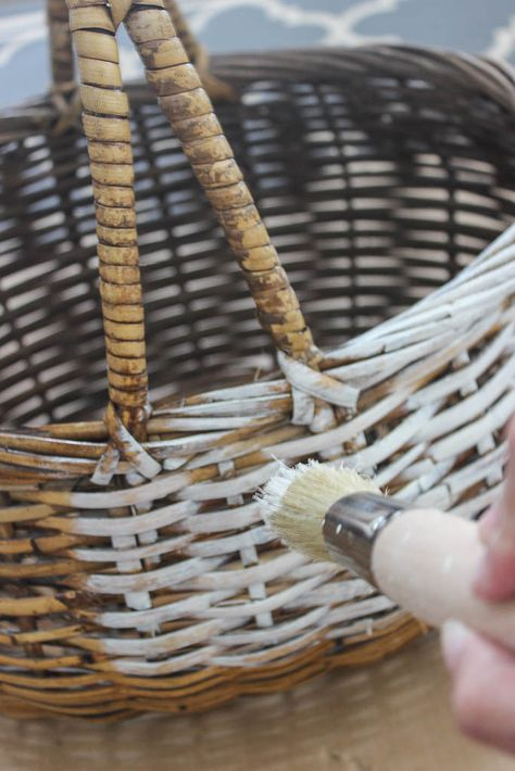 """Revive old and thrift store baskets with this easy paint technique. Great way to give them a beautiful """"French Antique"""" look! Painted Baskets, Painted Wicker, Shabby Chic Crafts, Vintage Shabby Chic, French Vintage, Art Deco Furniture, Wicker Furniture, Furniture Design, Old Baskets"""