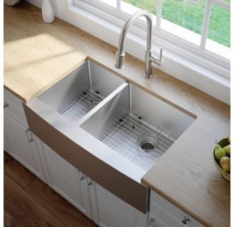 Kraus Khf204 33 Stainless Steel 32 7 8 Double Basin 16 Gauge Stainless Steel Kitchen Sink For Farmhouse Installations With 40 60 Split Basin Racks And Basket Farmhouse Sink Kitchen Double Bowl Kitchen Sink
