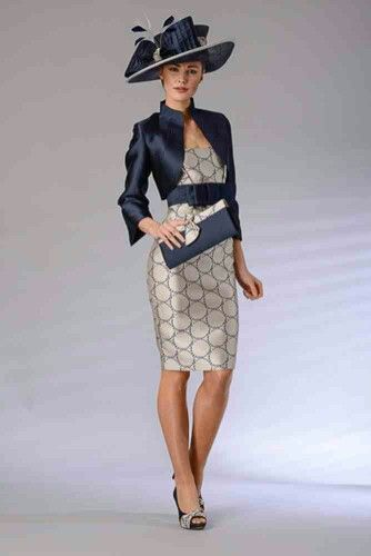 Presen Dresses & Outfits