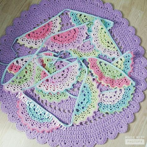 Gehaakte Slinger Uit Boek Haken En Kleur Buiten Crochet Made By