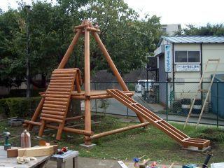 画像 自宅の庭が遊園地 Diyブランコ 滑り台の作り方 手作り 子供