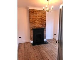 London 2 Bed Flat Hitcham Road E17 To Rent Now For 1 450 00