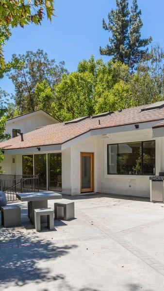 90 best Celebrity Homes images on Pinterest Real estate business - küchen möbel martin