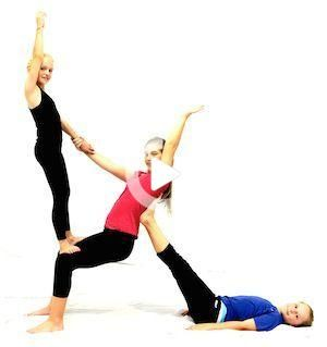Yoga Acro Couples Beginner Poses Girls Inspiration Get Your Free Yoga Videos Poses On Liayoga Com Partner Yoga Poses Acro Yoga Poses Couples Yoga Two People Yoga Poses Acro Yoga
