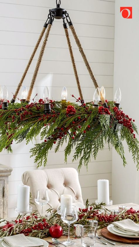 Use our Ultimate Guide to Farmhouse Christmas Decor to learn how to give your whole home a cozy, rustic look this holiday season. Featuring lots of natural accents and comfortable decor, a festive Farmhouse style is the perfect Christmas style.