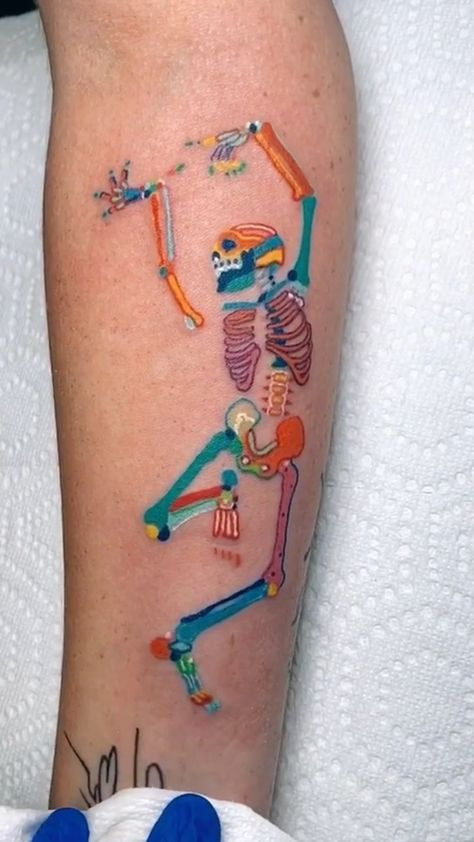 Dope Tattoos, Mini Tattoos, Body Art Tattoos, Small Tattoos, White Tattoos, Temporary Tattoos, Earth Tattoo, Skeleton Tattoos, Aesthetic Tattoo
