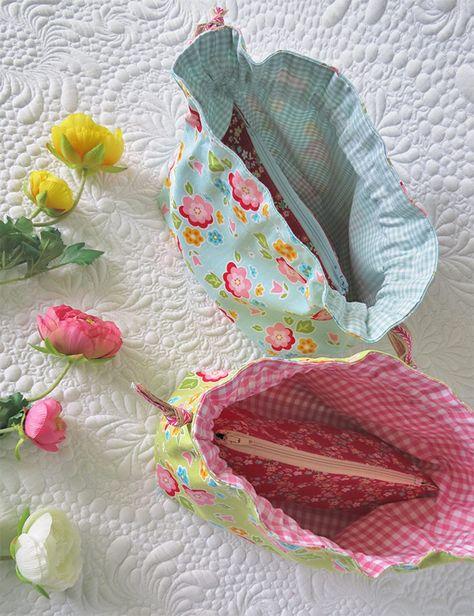 Kawaii Japanese Kimono Fabric Red Goldfish Small Drawstring Purse Super cute!