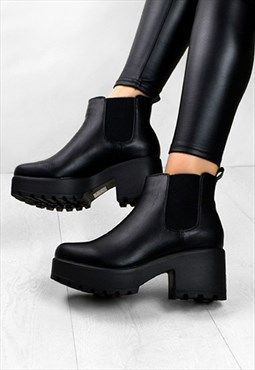 Boots, Chunky heel ankle boots, Chelsea