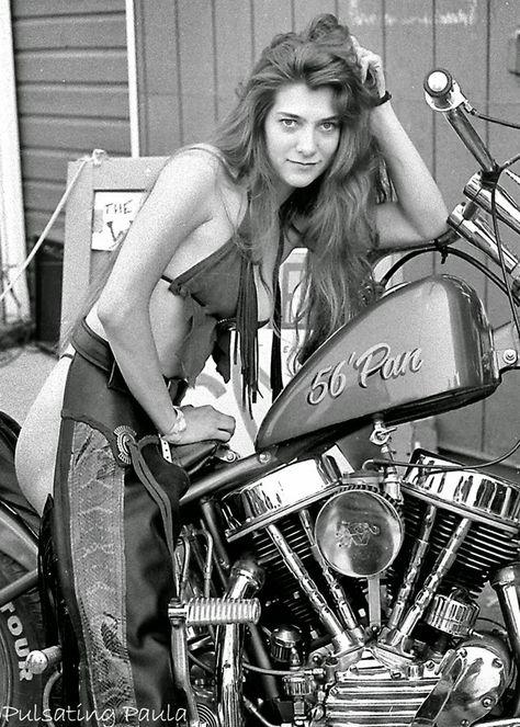 Divas on Dynas   Biker girl, Motorcycle girl, Motorcycle women