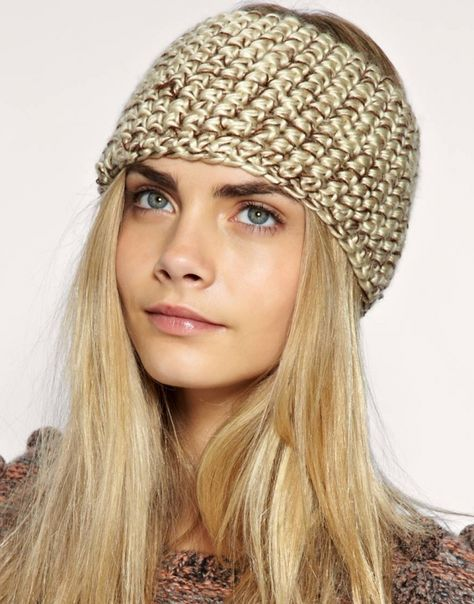 I LOVE knit headbands