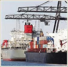 Ship Freight Internationally with Pack & send UK, quality International Shipping of freight Overseas from UK using Air & Sea. Fragile Valuable Antiques delivery http://www.packsend.co.uk/pages/international-shipping/